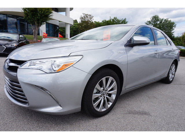 The 2016 Toyota Camry Hybrid XLE