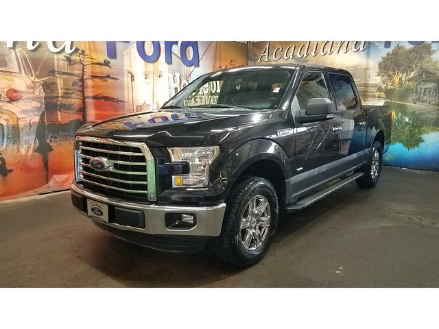 2015 Ford F-150 XLT 2WD 145WB photo