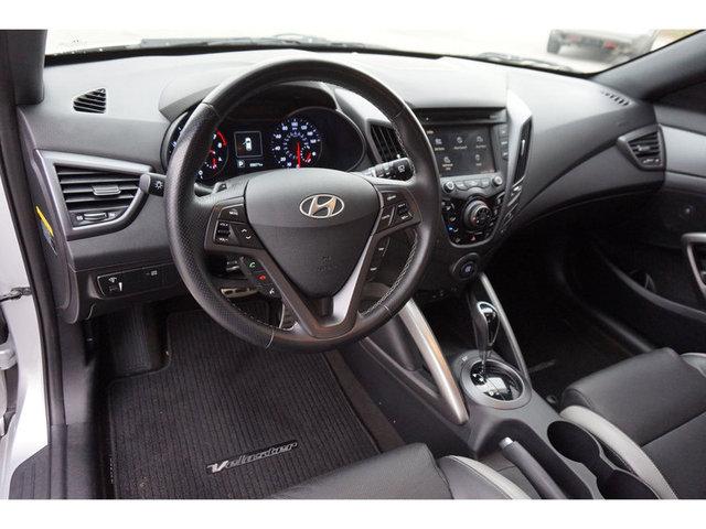 2016 Hyundai Veloster Turbo photo