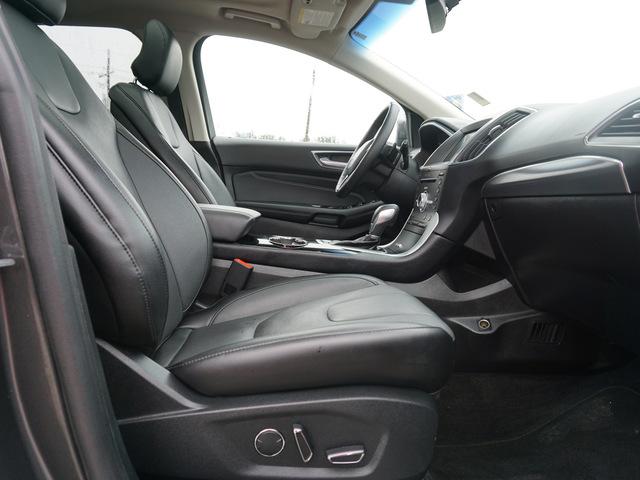 2018 Ford Edge Titanium AWD photo