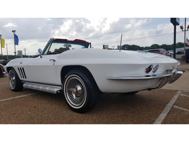 1966 Chevrolet Corvette Sting Ray photo