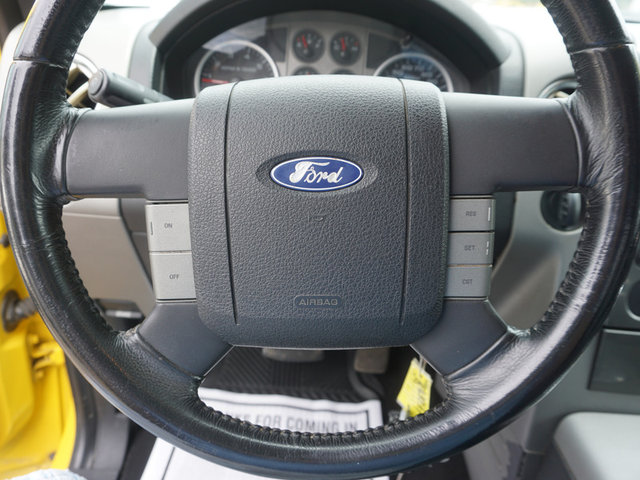 2004 Ford F-150 STX photo