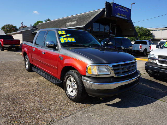 The 2002 Ford F-150 King Ranch photos
