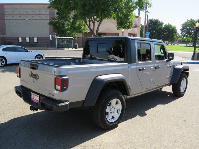 2020 Jeep Gladiator Sport S 4X4 photo