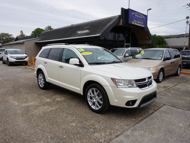 The 2014 Dodge Journey Limited photos