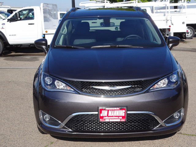 2020 Chrysler Pacifica Touring L photo
