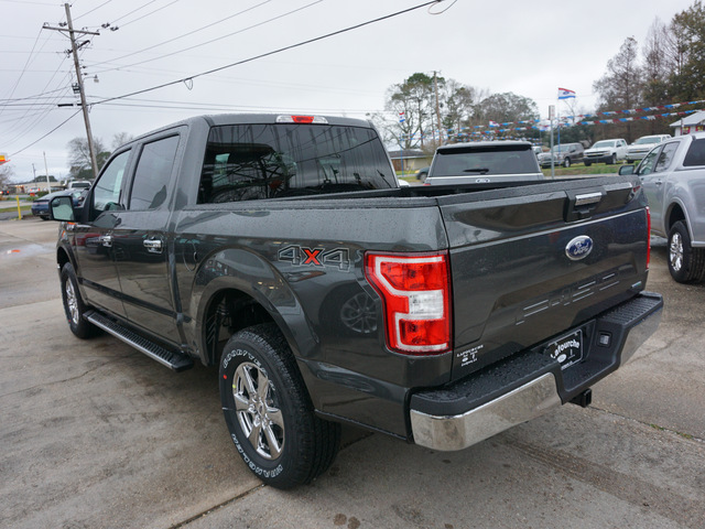The 2020 Ford F-150 XLT 4WD 5.5ft Box