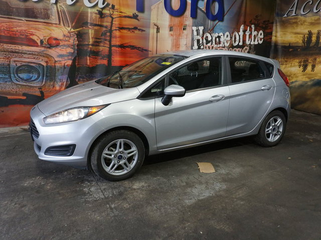 2018 Ford Fiesta SE photo