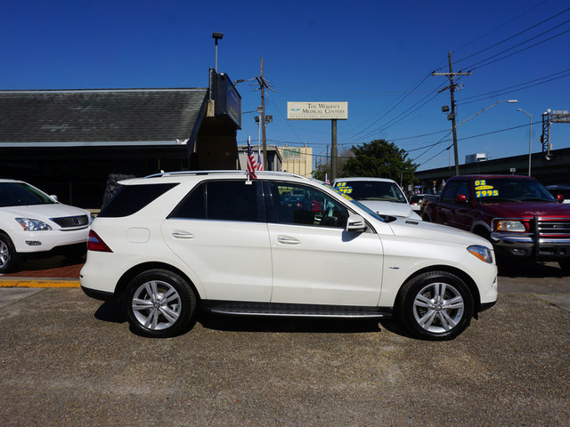 The 2012 Mercedes-Benz M-Class ML350 4MATIC