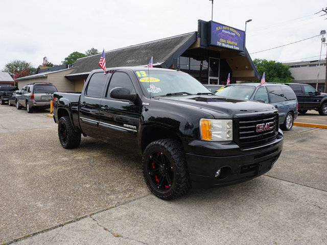 The 2013 GMC Sierra 1500 SLT photos