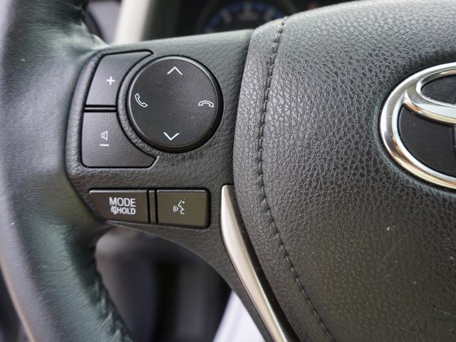 2017 Toyota RAV4 XLE FWD photo